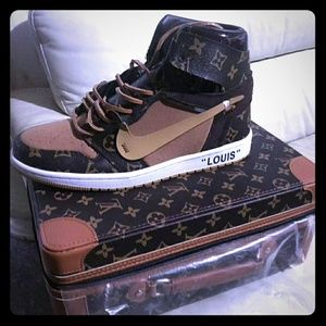 These LV Nikes are going fast they come in a case
